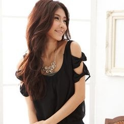 RingBear - Cut Away-Shoulder Chiffon Blouse