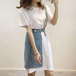 Little V - Set: Short-Sleeve T-shirt Dress + Half Denim Jumper Skirt