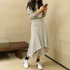 ATTYSTORY - Set: Hooded Pullover + Asymetric-Hem Long Sweat Skirt