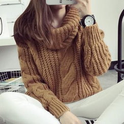 FR - Cable-Knit Sweater