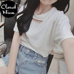 Cloud Nine - Keyhole Neck Short Sleeves T-shirt