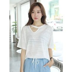 BBAEBBAE - Cut-Out Neckline Elbow-Sleeve T-Shirt