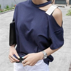 LIPHOP - Asymmetric Cutout Shoulder T-Shirt