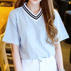 Seoul Fashion - Stripe-Trim V-Neck T-Shirt