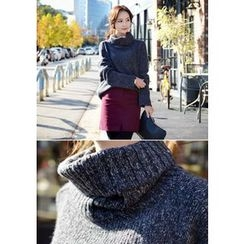 DEEPNY - Turtle-Neck Drop-Shoulder Mélange Sweater