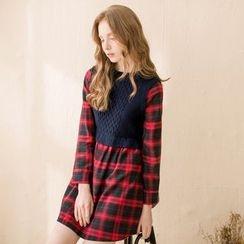 Tokyo Fashion - Long-Sleeve Plaid Panel Dress