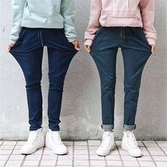 TOMONARI - Drawstring-Waist Tapered Jeans