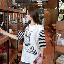CLICK - Rabbit Print Stripe-Sleeve T-Shirt