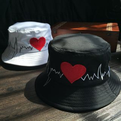 EVEN - Heart Embroidered Bucket Hat