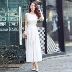 Sonatine - Sleeveless Chiffon Maxi Dress