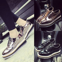 Simply Walk - Lace-Up Wingtip Platform Patent Shoes
