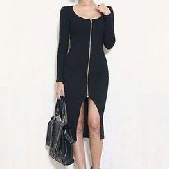 Isadora - 长袖前拉链玅衣裙