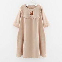 Meimei - Squirrel Embroidered Short Sleeve Dress