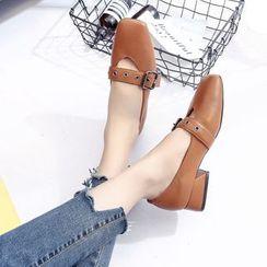 QQ Trend - 饰扣高跟鞋