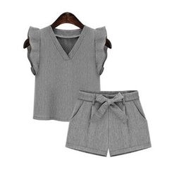 GRACI - Set : Frilled Top + Bow Shorts