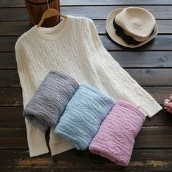 YOYO - Cable Sweater
