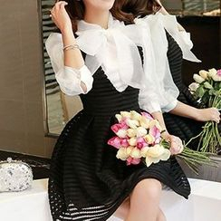 Romantica - Set: Bowed Blouse + Jumper Skirt