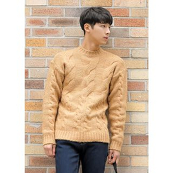 GERIO - Round-Neck Cable Knit Sweater