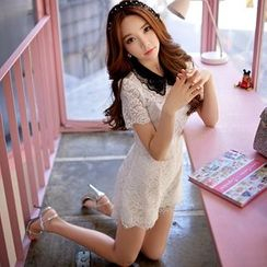 Dabuwawa - Short-Sleeve Contrast-Collar Lace Playsuit
