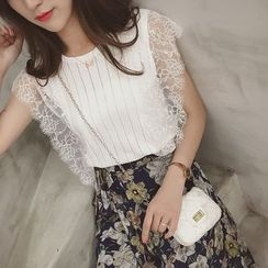 Cocofield - Lace Panel Sleeveless Knit Top