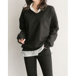 UPTOWNHOLIC - V-Neck Cotton Pullover