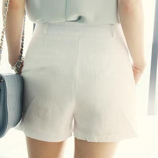 NANING9 - Pleated Front Linen Shorts