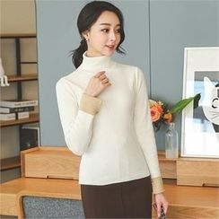 ode' - Turtle-Neck Contrast-Cuff Knit Top