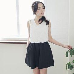 Tokyo Fashion - Sleeveless Tie-Back Embroidered Dress