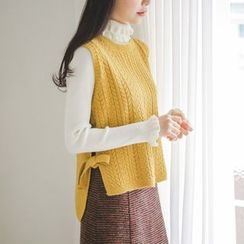JUSTONE - Tie Side Cable-Knit Vest