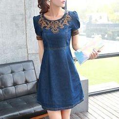 Romantica - Short-Sleeve Embroidered Denim Dress