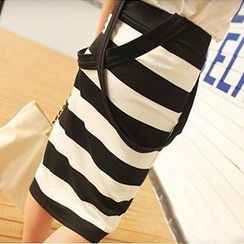 Fiinal - Striped Suspender Pencil Skirt