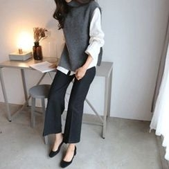 Hello sweety - Turtle-Neck Sleeveless Slit-Side Knit Top