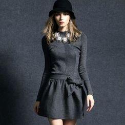 Queen Mulock - Long-Sleeve Knit Panel Dress