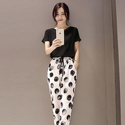 Romantica - Set: Polka-Dot Pants + T-Shirt