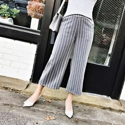 Jack Grace - Striped Cropped Pants