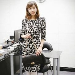 itgirlstyle - Set: Patterned Dress + Belt