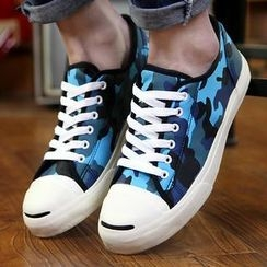 Hipsteria - Lace-Up Sneakers