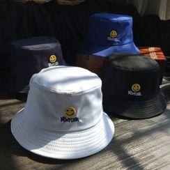EVEN - Smiley Bucket Hat