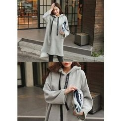 J-ANN - Hooded Long T-Shirt