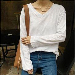 Dasim - V-neck Long-Sleeve T-shirt