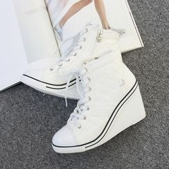 DANI LOVE - High-Heel Quilted Sneakers