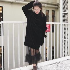 Whitney's Shop - 套装: 球球装饰植毛绒中长套衫连衣裙 + 网纱中长裙