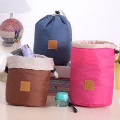 Lover's Kiss - Drawstring Toiletry Bag