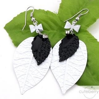 Cuteberry - Leaf Drop Earrings