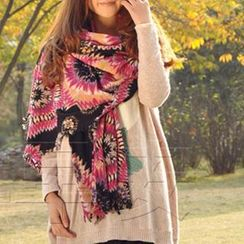 RGLT Scarves - Fringed Printed Wool Scarf
