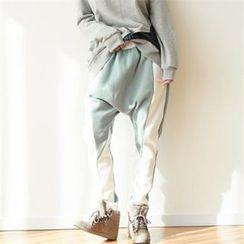 GLAM12 - Color-Block Lettering Harem Pants