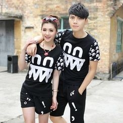 Lovebirds - Short-Sleeve Printed Couple Matching T-Shirt / Shorts