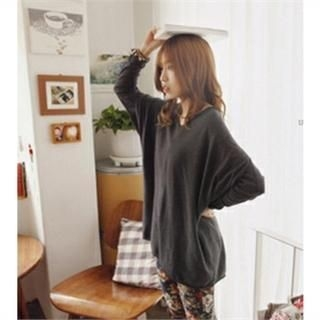 GOROKE - V-Neck Long T-Shirt