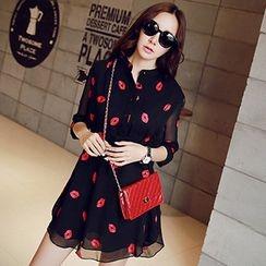 YOZI - Lips Print Chiffon A-Line Shirt Dress