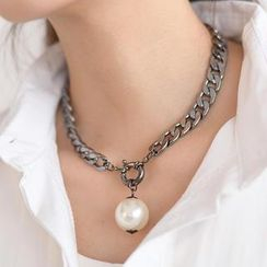 SO Central - Faux Pearl Chain Necklace